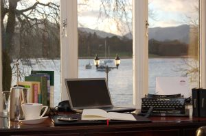 Poets Room with a view from Waterhead