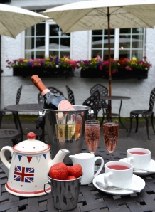 Laurent Perrier Rose and Strawberry and Cream Tea2